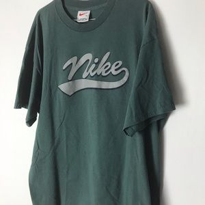 🔥Vintage Nike Cursive Spell Out T-shirt